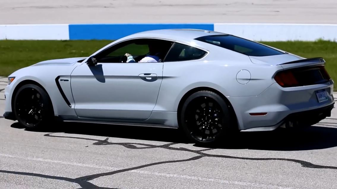 Ford Announces Continuation Of Shelby Gt350 And Gt350r