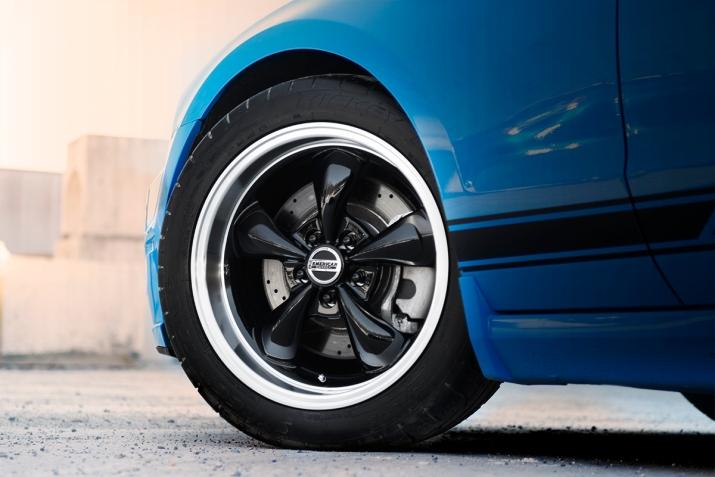 Black-wheel-bullitt-001