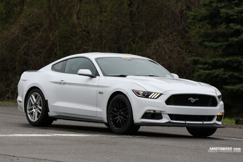 2016 Mustang Mach 1 >> Spy Video 2018 Mach 1 Mustang Mule Spotted Testing In The Wild