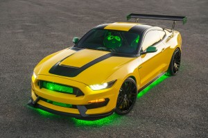 Ole Yeller Shelby GT350 under glow