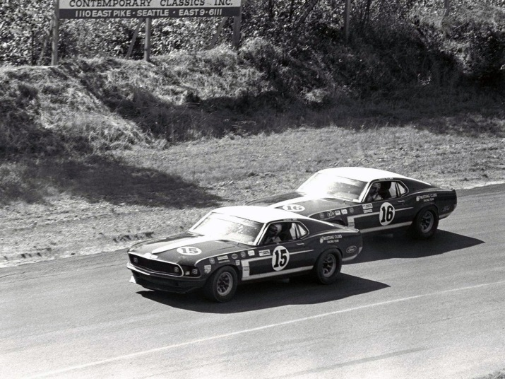 Boss 302 Mustangs Racing