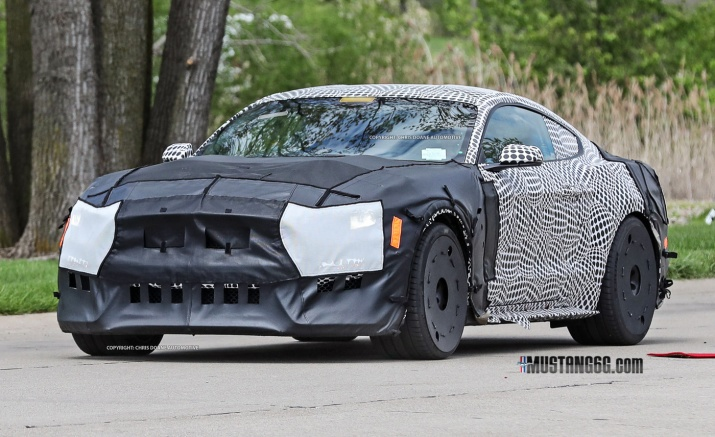 2019 Shelby GT500 Front 3/4